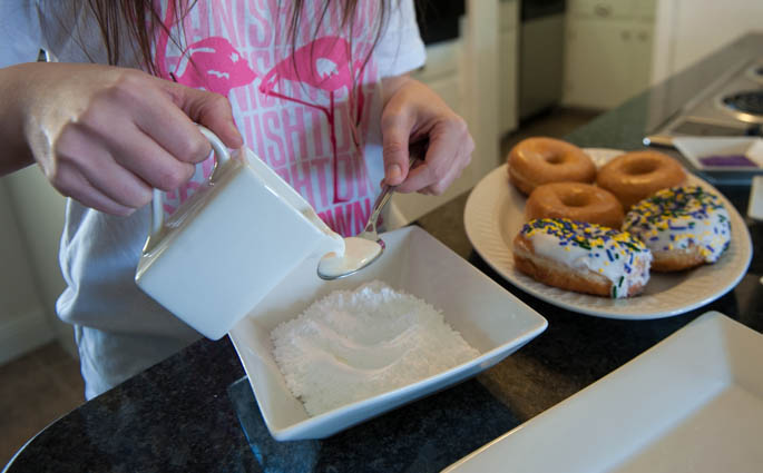 How to Make Mardi Gras King Cake Donuts