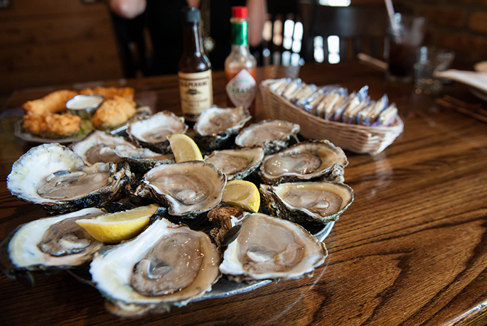 Where to Eat Dinner in Baton Rouge | The Local Guide to Visiting Baton Rouge by Southern Flair