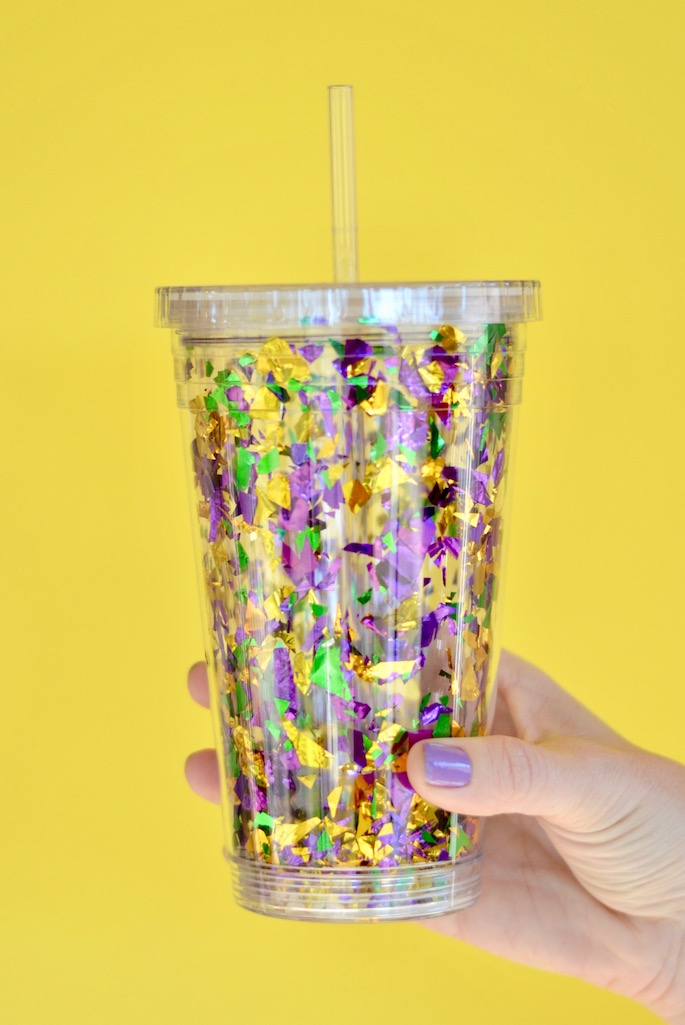 diy mardi gras confetti go cup southern flair. Black Bedroom Furniture Sets. Home Design Ideas