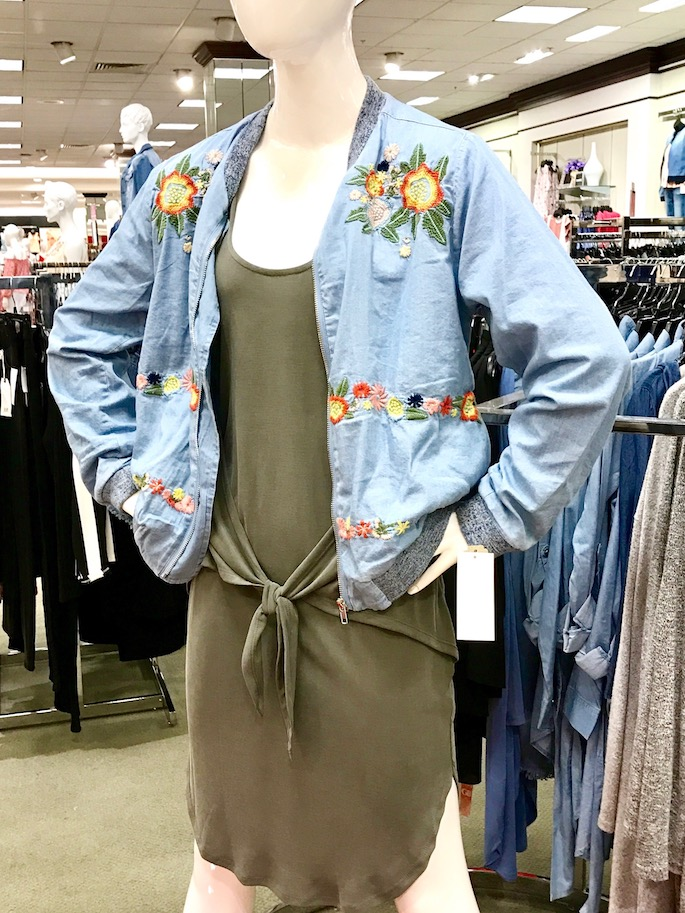 Take the Southern Flair Mannequin Challenge! Get out of your comfort zone and try out new pieces to add to your wardrobe this spring.