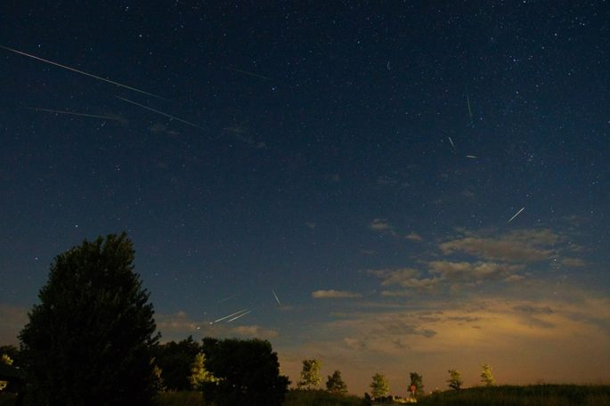 Grab your picnic blanket and head out to the Highland Road Observatory for the Perseid Meteor Shower! | 30 Things To do in Baton Rouge this August by Southern Flair