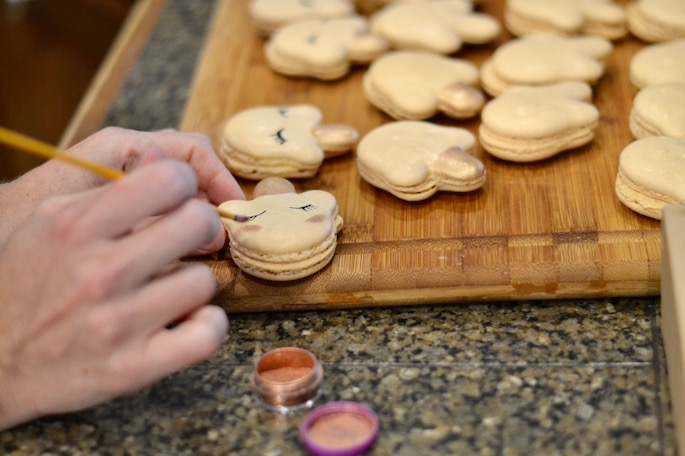Meet Emily Hymel, the physical therapist and mom who turned her passion of baking macarons into a successful side business here in Baton Rouge! Today, she's telling us how she got started, how she balances mom-life, work-life and her baking passions. Plus, she's offering her best tips for starting your own side hustle.