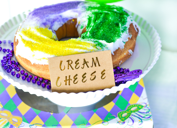 How to Host a Mardi Gras King Cake Tasting Party